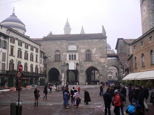 Bergamo Piazza Vecchia, Città Alta3