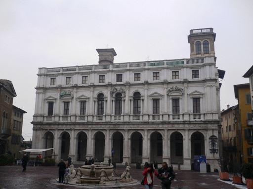 Bergamo Piazza Vecchia, Città Alta7