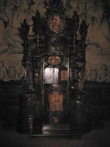 Bergamo Piazza Vecchia, Città Alta,confessionale del Fantoni 16