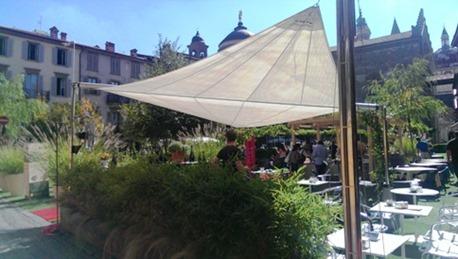 Bergamo, città alta trasformata in giardino