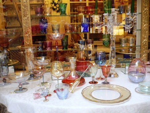 bicchieri e arredi tavola vintage