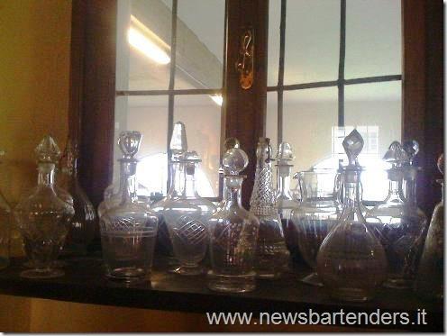 Bottiglie antiche per liquori e distillati