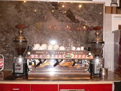 Caffè Macinadosatori e macchina particolari