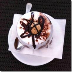 Caffè speciale con amaretto1