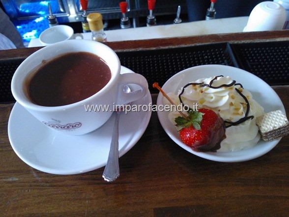 Caffetteria Cioccolata con Panna2