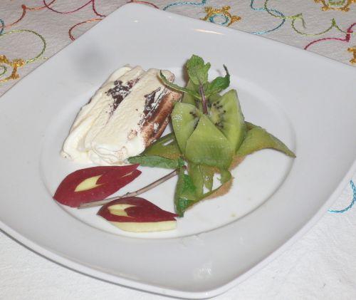 Carving decorazione piatto con dolce 10 - 06 001.jpg