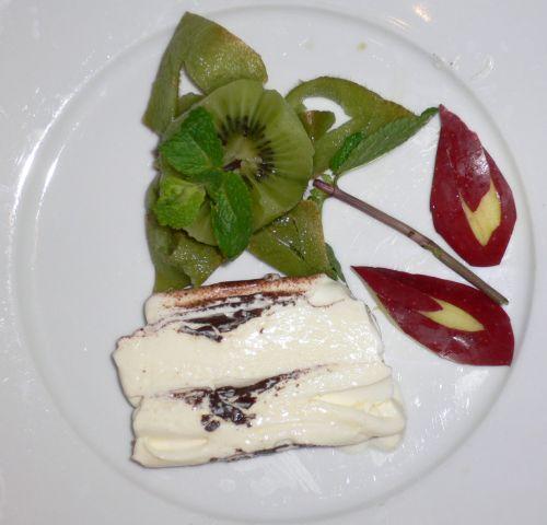 Carving decorazione piatto con dolce 10 - 06 002.jpg