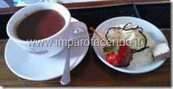 Cioccolata con Panna e fragola1