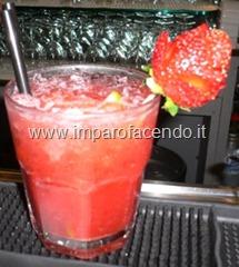 Cocktail caipiroska fragola 1R