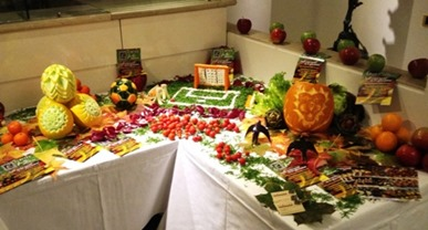 Fruit Carving La Frutta in Campo1