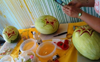 Fruit Carving Momenti Corso3