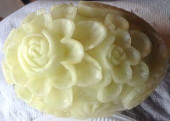 Fruit Carving durante Corso Fiori su melone