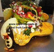 Fruit Carving durante corso imparofacendo