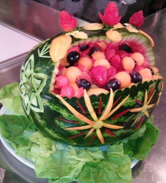 Fruit Carving intarsi in anguria2