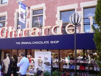 Gelato e cioccolato Ghirardelli