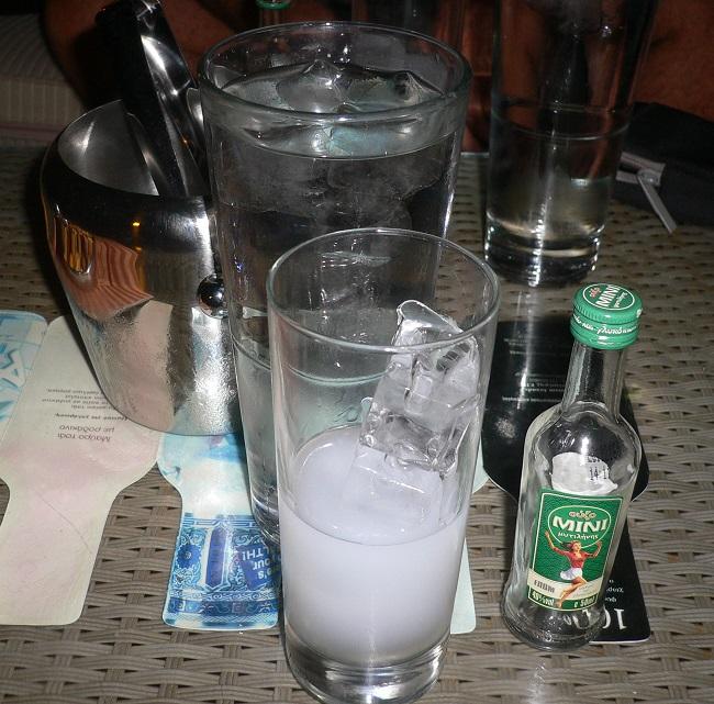 Liquore Ouzo, Grecia r