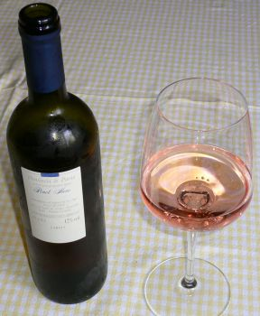 Vino Pinot Nero Vin bian flli Agnes 001.jpg