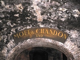Vino Champagne Moet & Chandon 9