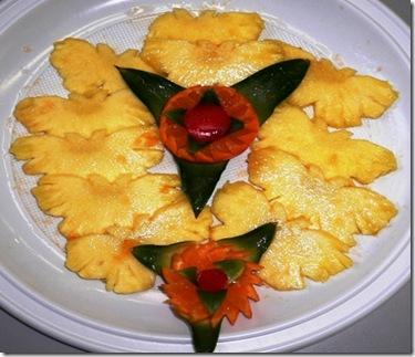 Ananas a farfalle