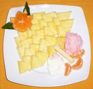 dec- piatto Ananas + gelato 003.jpg