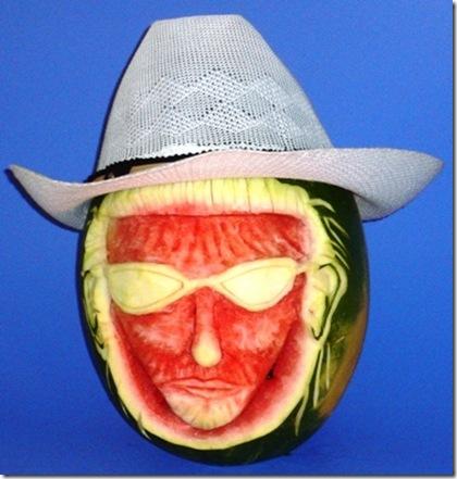 Fruit Carving Viso anguria con cappello