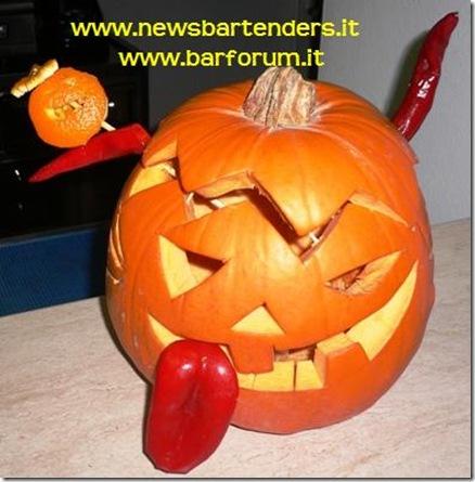 halloween con piccola maschera