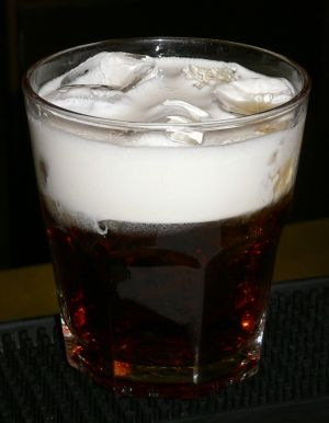 """Алкогольные коктейли.   """"Коктейль Белый русский."""